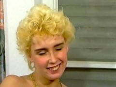Short Hair Curly Madchen Standby Free Porn Ec Xhamster