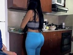 Huge Ass And Tits On This Maid Free Latina Hd Porn 90
