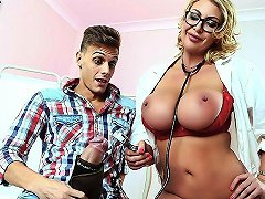 Leigh Darby Chris Diamond In Nasty Checkup With Dr Darby Brazzers