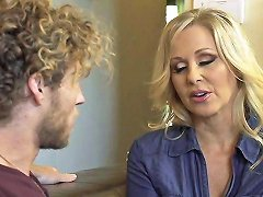 Mature Milf Mom Julia Ann Fucks A Much Younger Guy