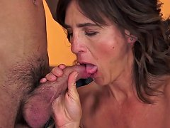 Mature Babe Sucks And Fucks With Young Stud Vporn Com