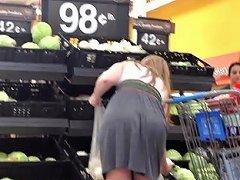 Candid Mom Big Bubble Butt Mature Ass Voyeur Chubby Plumper Booty